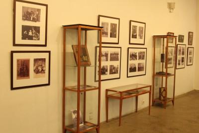 Удивительная экспозиция открылась на первом этаже художественного музея.